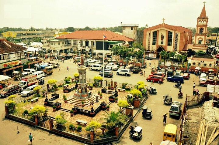 Plaza_Rizal,_Biñan_City